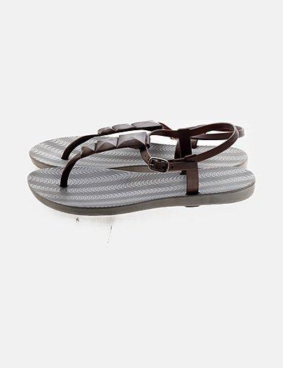 Sandalia plástico bicolor