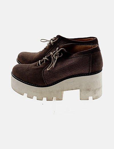 Zapato blucher marrón