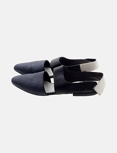 Zapato punta bicolor