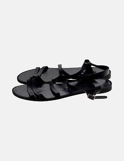 Sandalia de tiras negra