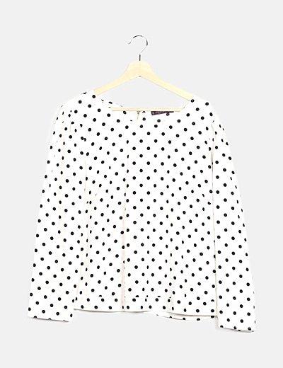 Blusa blanca con topos