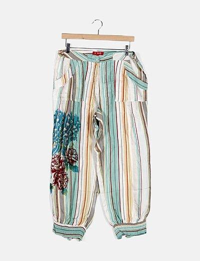 Pantalón multicolor baggy