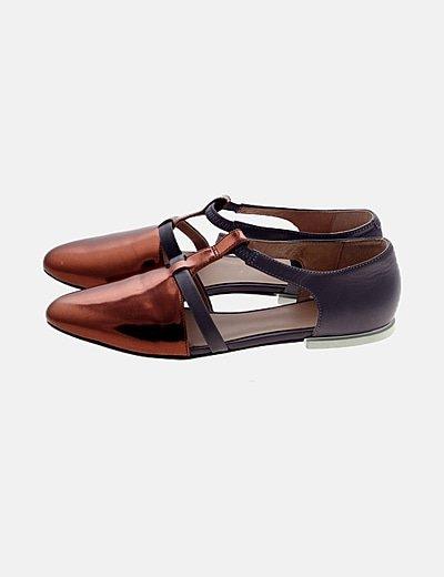Zapato plano bicolor