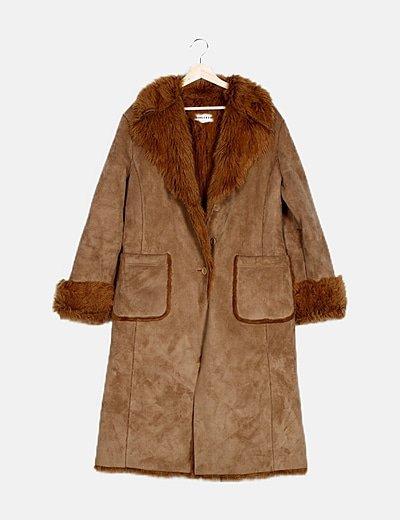 Abrigo marrón forro pelo sintético
