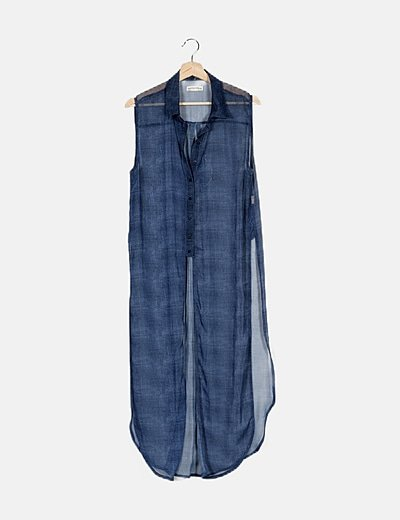 Camisa azul asimétrica