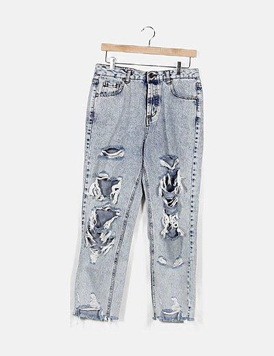 Jeans denim efecto desgastado detalle rotos