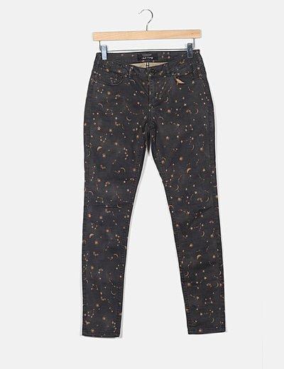 Pantalón denim gris estampado