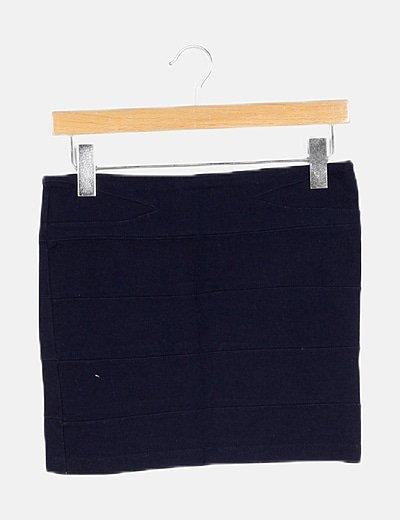 Falda azul marino ceñida