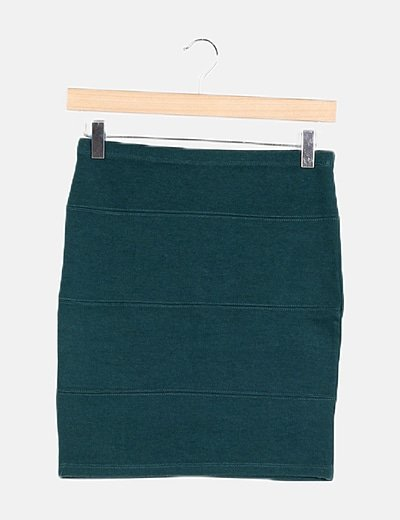 Falda verde ceñida