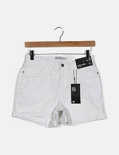 Short blanco básico