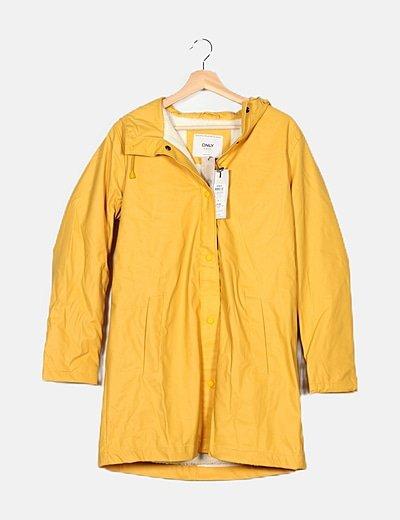 Chubasquero amarillo capucha