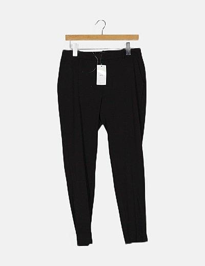 Pantalón negro fluido