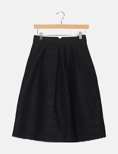 Falda negra texturizada midi