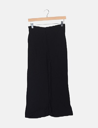 Pantalón negro capri