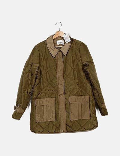 Abrigo verde relieve