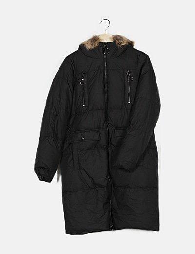 Chaquetón negro plumas con capucha