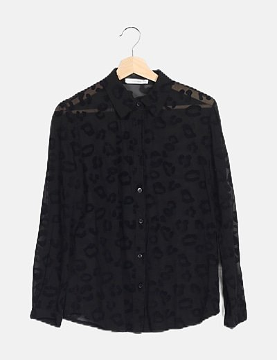Camisa negra estampada animal print