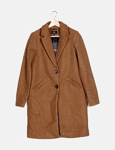 Abrigo de paño marrón