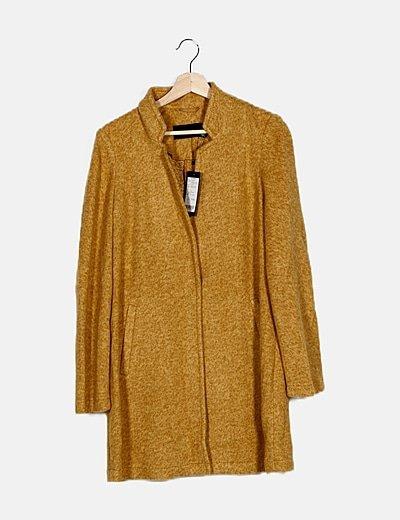 Abrigo tricot amarillo