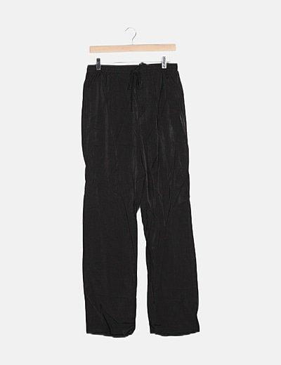 Pantalón fluido negro lace up