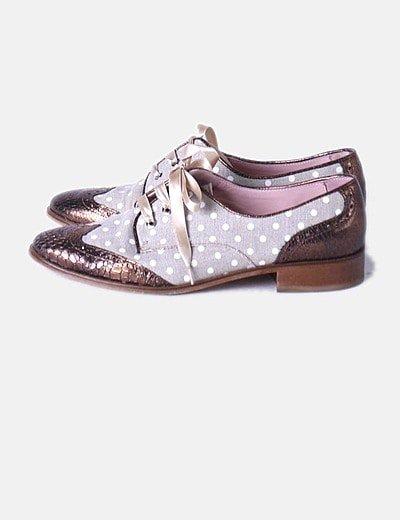 Zapato combinado de punta