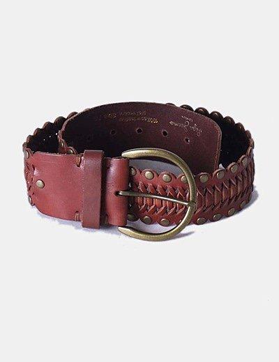 Cinturón marrón tachas doradas