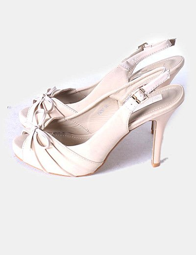 Sandálias de tacão Chalada