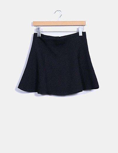 Falda mini negra texturizada