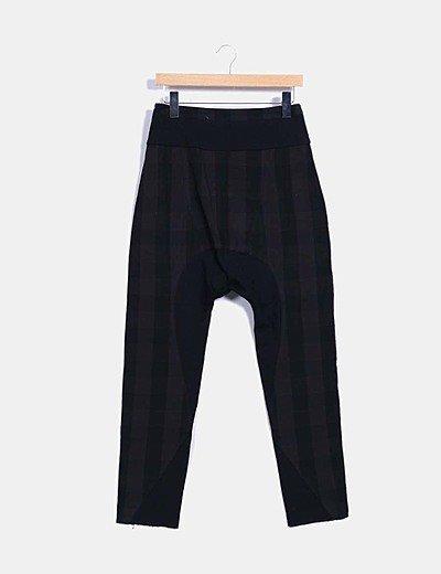 Pantalón baggy gris marengo y negro
