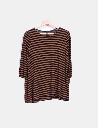 Top oversize rayas marrón y negro