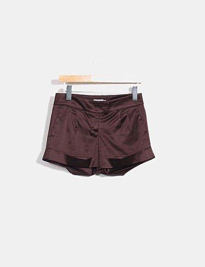 Short marrón satinado