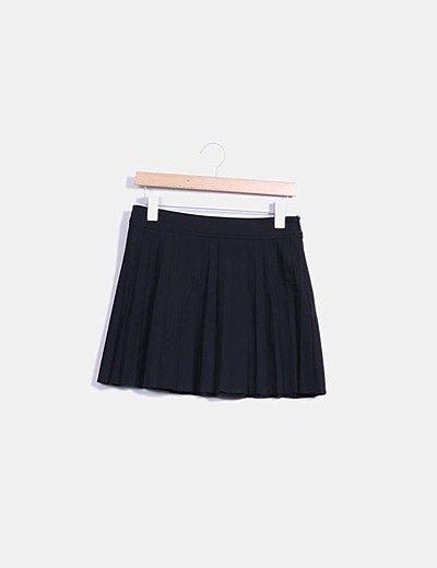 Mini falda negra plisada