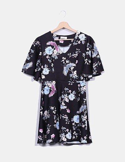 Vestido negro floral mangas volante