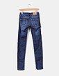 Jeans tono oscuro detalles rotos  Zara