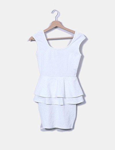 Vestido blanco peplum texturizado